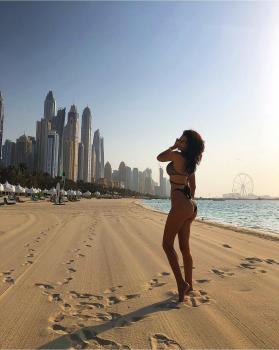 Friday mood 🌅 Dubai wearing gold foil bikini available at www.katiapanteli.com new collection coming soon #katiapanteli #morethanaswimwear #katiapanteliswimwear #collection #luxury #swimsuit #fashion #miami #sea #sun #summer #hot #resort #design #influencer #instagram #passion #designer #beach #beachlife#photography #photoshoot #photo #red #gold #green #swimwear #bikini #sunset #beautiful